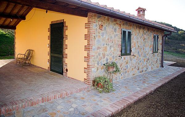 Tecnopietra pietra ricostruita per rivestimenti interni for Rivestimento in mattoni per case