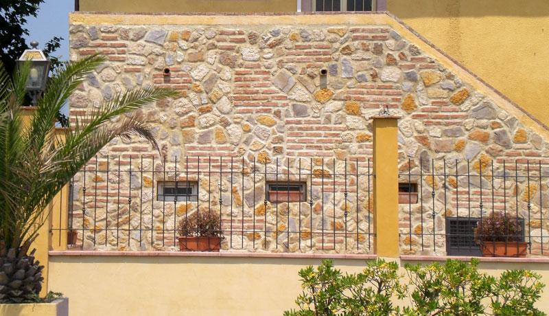 Pannelli finta pietra per esterni